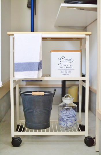 そのまま置いておけるから収納としても便利です。こだわりの掃除道具をストックして使いこなせば、もっとお掃除が楽しくなっちゃうかも♪