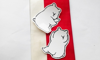 シールタイプのホワイトボードステッカー。のんびりしたクマの雰囲気に癒されそうです…♪