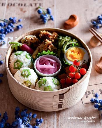 自分でお弁当を作るという目標をもつことで毎日の生活にハリが生まれ、気持ちもどんどんポジティブになっていきそうですよね。 あなたらしい生き方を楽しむように、あなたらしいお弁当ライフを楽しんでみませんか?さらに楽しくうるおいのある毎日が送れるはずです。