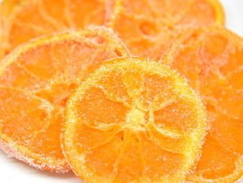 意外にも簡単にできるセミドライフルーツ。秋の実りの季節、おいしいフルーツをたっぷり使ってセミドライフルーツ作りを楽しんでみませんか?