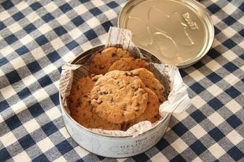 材料を混ぜて焼くだけ!食べ応えたっぷりの大きな大判クッキーも、ちょっとつまむようの小さめのクッキーも、サイズを自由に変えられるのも手作りのいいところ♪