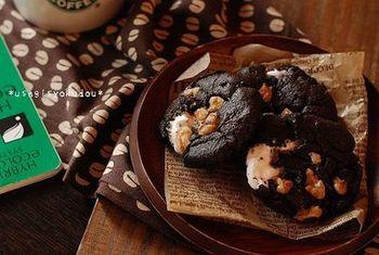 スタバ風のマシュマロクッキー。苦いコーヒーと一緒にお家で食べておうちカフェも。