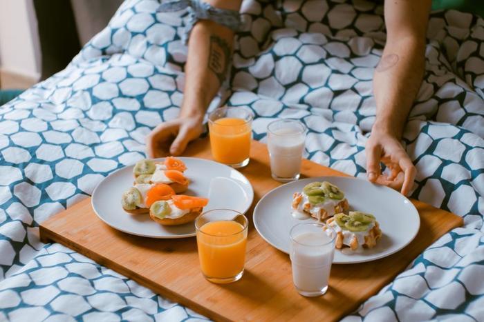 見栄え良く盛り付ければ、栄養バランスのとれた朝食をとることができ、さらにSNSに画像をアップすれば、沢山のフォロワーや通りすがりのユーザーからイイね♡が届くこと間違いなしです!