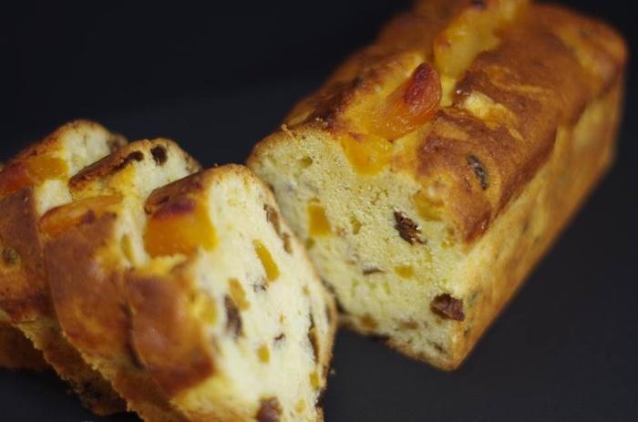 「ティート」を生地に練り込むことで、パウンドケーキやカップケーキ、クッキーなどのお菓子作りにも使えます。ドライフルーツたっぷりの贅沢な仕上がりになりますよ。