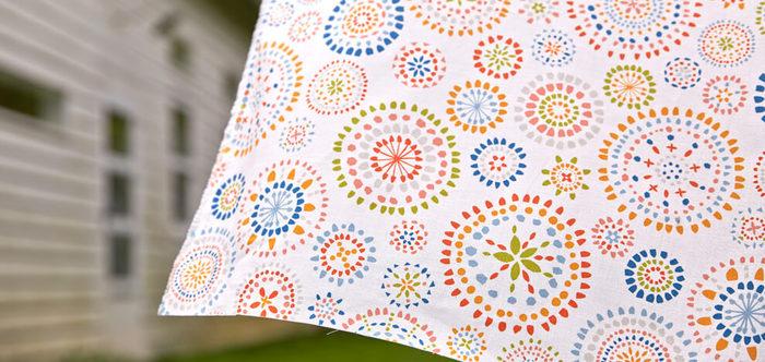 手芸店で布を購入するとき、作るものが決まっていなければ1メートルで購入するという方は多いのではないでしょうか。長さ1メートルで布幅が110cm程度あれば、想像以上にたくさんのものを作ることができますよ。