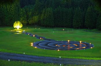 定期的にライトアップイベントも開催。幻想的な風景は、写真映えもばっちりですね。