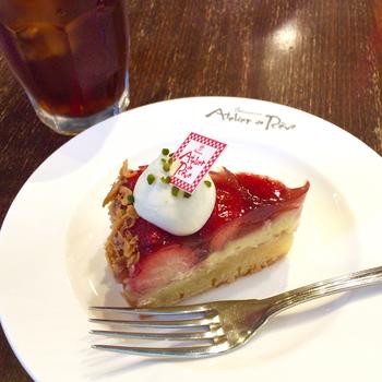 白金にある本店と同じ美味しいケーキやコーヒー、ランチセットなどを楽しむことができますよ。