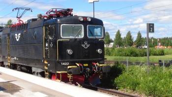 スウェーデンの首都、ストックホルムから電車で3-4時間で行ける「ダーラナ地方」は、スウェーデン人にとって『昔懐かしき田舎』の風景だといわれています。