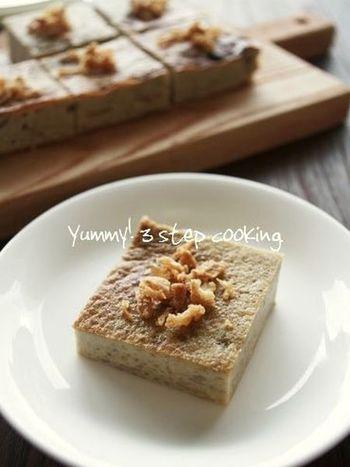 タロイモなどを使ったタイ風プリン「カノムモーゲン」を里芋で再現。ちょっとユニークな里芋デザートも、たまにはいいですね。