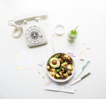 毎日三食ある食事は、積み重ねがとても大切です。毎日が忙しいからこそ、体調管理は気を付けたいものですね。時に食べ過ぎたときがあっても、また次の日から食のリズムを整えてバランスをとっていきましょう♪