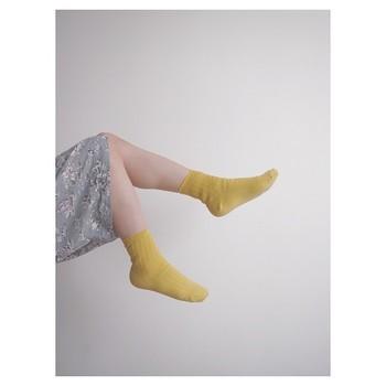 上半身よりも下半身の内部が冷えている状態を、半身浴や靴下の重ね履きをして温める「冷えとり療法」。冷えは身体に悪いものを溜めこみ、病の原因になってしまうこともあります。