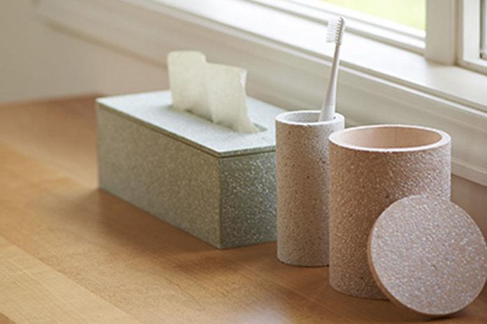 こんなにナチュ可愛な歯ブラシ立てなら、毎日歯を磨くたびにさわやかな気持ちになれそう。素材には「珪藻土(けいそうど)」が使われていて衛生を保つ機能性も備えているんですよ。