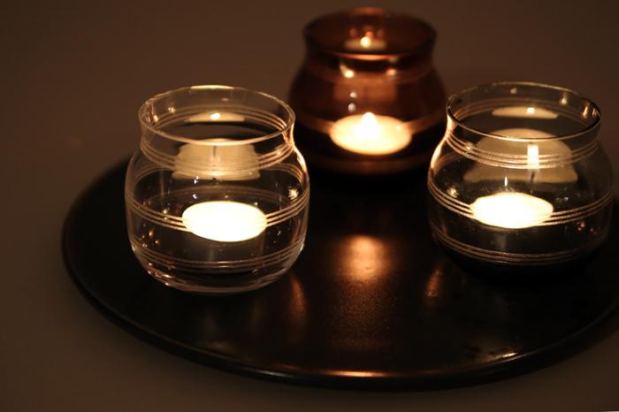 たまにはバスルームのライトを消して、小さなキャンドルで幻想的な空間を作ってみてはいかがでしょうか。