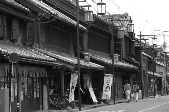 都心からも東武東上線で池袋から30分、渋谷からは東京メトロ副都心線で60分と非常にアクセスがよく、日帰りの遠出散歩にぴったりの町。思い立ったら気軽に出かけられるのが嬉しいですね。