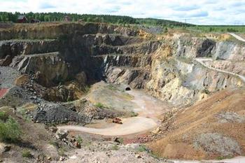 ダーラナ県の県庁所在地である「ファールンは」昔鉱山で栄えていましたが、陥落事故があり廃れてしまいました。2001年にはユネスコ世界遺産にも登録されたエリアとなっています。