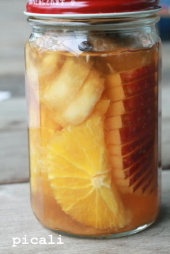 レモンより甘みの強いオレンジ、バナナを加えているので、洋酒のアルコール感が苦手な人にも飲みやすいフルブラ。甘めのカクテルにしても美味しいかも。