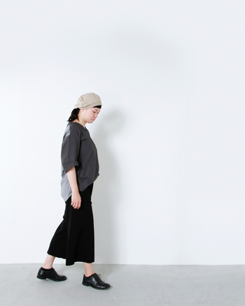 温かみのあるウールフェルト素材だから保温性もバツグン。秋から冬にかけて、帽子のコレクションとして一つは持っておきたいベレーです。