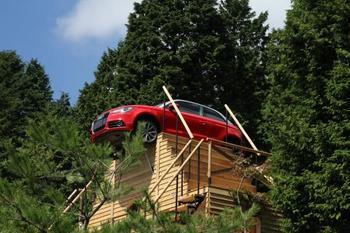季節ごとに異なる魅力がある六甲山。今年は9/9~11/23の日程で「六甲ミーツ・アート 芸術散歩2017」が開催されています。上記でご紹介した施設のうち、「六甲山牧場」「六甲オルゴールミュージアム」「六甲高山植物園」「六甲ガーデンテラス」「自然体感展望台 六甲枝垂れ」などを利用して現代アートの展示がなされています。  通常の楽しみにプラスしてアート鑑賞もできるお得な時期に、ぜひ出かけてみてくださいね。
