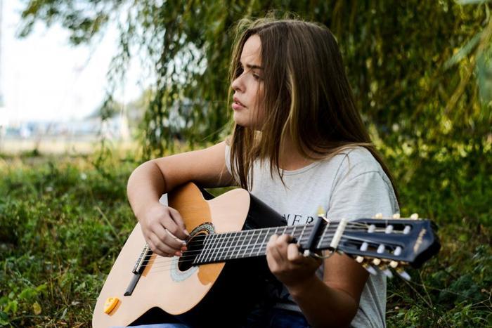 こどものときに憧れていたあの楽器。やりたかったけど習えなかった人も、途中であきらめてしまった人も、今からでも遅くありません。今すぐ楽器を習いはじめて、弾きたかったあの曲にチャレンジしてみませんか?