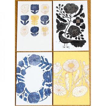 鹿児島睦さんデザインの陶器やファブリックなどの図案をそのままプリントした、とても魅力的なポストカード。こんなカードがポストに届いたら、ワクワクしてしまいますよね。