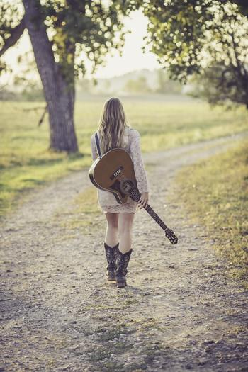人生は一度きり。大人になってからじゃもう遅い...、年甲斐もない...、などと諦めてしまわずに、自分がやりたかったことにどんどんチャレンジして、もっともっと毎日を充実させてみませんか?