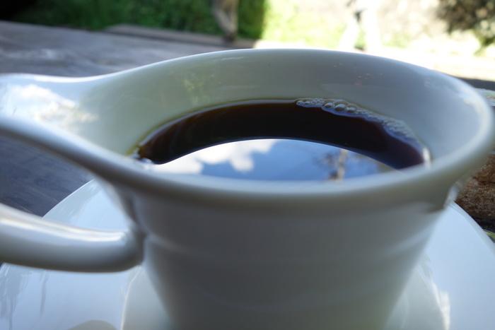 残念ながら、カフェ営業は土日のみ。平日は本格的なイタリアンが味わえる、トラットリアです。うなぎが苦手な人は、ランチをいただくのもおすすめ。川のせせらぎを聞きながら、まったりした時間を過ごしてみてください。