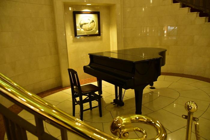 ピアノに触ったことがなくても、楽譜が読めなくても大丈夫!音楽の現場で活躍中の先生方が、楽器の構え方や音の出し方を弾けるようになるまできちんと指導してくれます。  レベルに合わせた個人レッスンだけでなく、初心者向けのグループレッスンも行っているそうですので、プロを目指す方も、始めたばかりの方も、安心して通えそうですね。