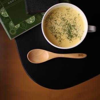 寒い朝に温かいスープ♪体がぽかぽかしてなんだか元気が出てきたみたい。