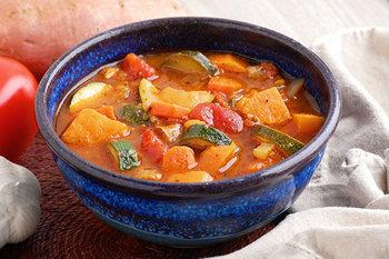 洋風なら野菜がごろごろたっぷり入ったベジタブルスープもいいですね♪