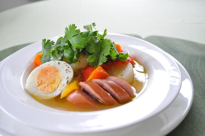 いかがでしたか? 温朝食のアレンジは自由自在!季節の野菜に具材を変えたり、卵を入れたり、パンに合わせるだけでなく、ご飯を入れたり、パスタを入れたり。温朝食で朝食をより美味しく楽しみながら体調をしっかり整えて、寒くなるこれからの毎日を元気に過ごせるといいですね。
