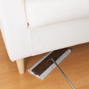 朝から掃除機をかけると、マンションなど集合住宅の場合は騒音が心配。でもフロアワイパーなら静かに掃除ができるので安心です。床掃除が朝からできたら、かなり達成感がありますよ。
