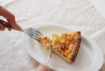 楕円形のプレート「アマヤ」シリーズは、メインディッシュからデザートまで幅広く活用できます。小皿料理や取り皿など、トレイ感覚で利用できますよ♪