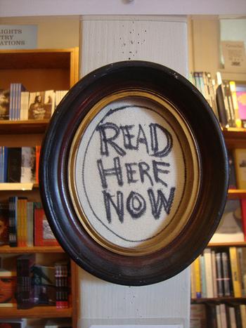手書きの文字がいたるところにあるユーモア感あふれる店内。