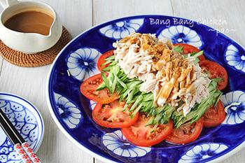 シンプル・簡単・美味しいの三拍子揃った、ささみを使う棒棒鶏サラダのレシピです。茹でておいたささみを使えば、あっという間に立派な一皿になりますよ!