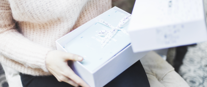 日本では2013年にサービスが開始され、その魅力にハマる女性が続出!発売と同時に売り切れなんていうこともあり、口コミでどんどん輪が広がっています。