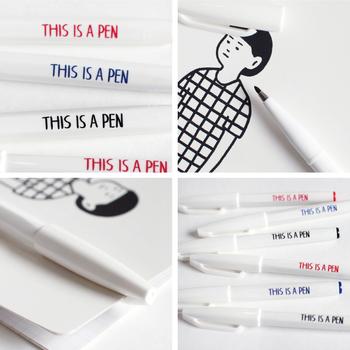 ぺんてるに別注した白軸サインペンは、多面体で手になじみ、とても書きやすい機能性を備えています。
