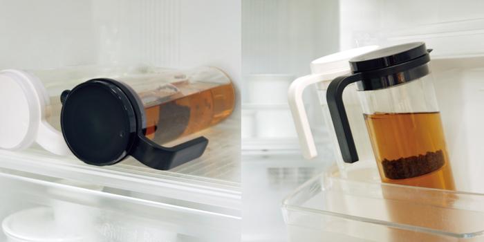 気密性が高いので水漏れしにくく、横置きもOK。ボトルが転がらないようハンドル部分がストッパーの役割も果たしており、きめ細やかな部分で工夫が施されているところも魅力。収納性にも優れたアイテムです。