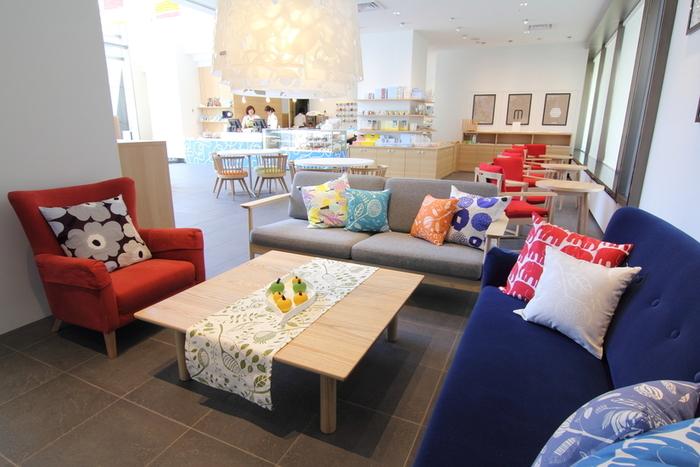 創成川沿いの東武ホテルの1階にあるカフェ。札幌のスイーツ店『べんべや』がプロデュースしている北欧テイストのお店です。