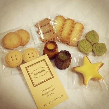 かわいい形のクッキーや、濃厚な味のカヌレなど。たくさんの焼き菓子と出会えるお店です。