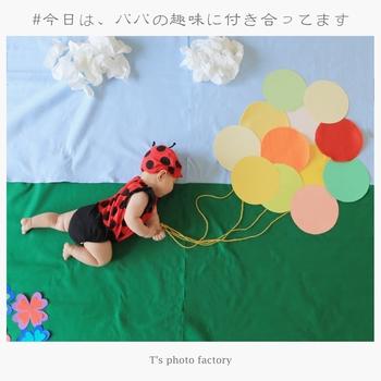 赤ちゃんの写真で最近人気なのが、おむつや衣類を使って作ったアート写真♪調べてみると色々なアイディアが出て来て、見ているだけでも楽しいです*
