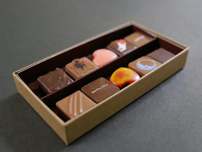 上質で奥深く繊細な味わいのチョコレート。一粒口にするごとに感動が広がりますよ。