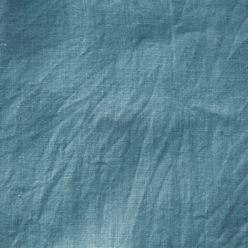 素材はコットンやリネンなどこだわりがあります。長く着ても飽きの来ないスタンダードな色合いや柄です。