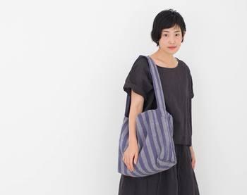 レトロで素朴な印象の会津木綿を使い、現代的で親しみやすいアイテムに活用した「HARAPPA」の製品をご紹介します。
