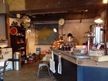 中島公園向かいにある「Smooch Coffee Stand」。思わずふらっと寄ってしまいたくなるおしゃれな店舗には、こだわりもいっぱい。とっても素敵なカフェです。