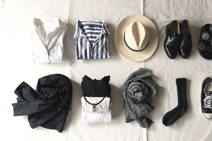 シンプルでベーシックな服をベースに、個性的な「定番」やトレンドアイテムを差し込んで、素敵にコーディネートしてみましょう!