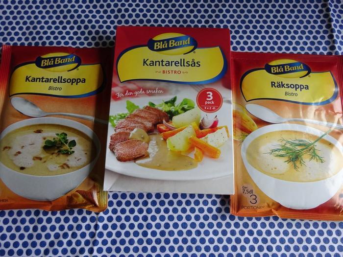 実はスウェーデンはカップスープの宝庫なんです。  カンタレラ(アンズ茸)やエビのクリームスープ、アスパラガスのスープ、りんごとベリーのフルーツスープなど、種類豊富。  気になったテイストのものを見つけたらぜひ日本に持ち帰ってみてください。  筆者もこちらのブランドのものを数種類お試ししてみましたが、1袋のボリュームは多めで塩気もちょうどよく美味しくいただけましたよ。