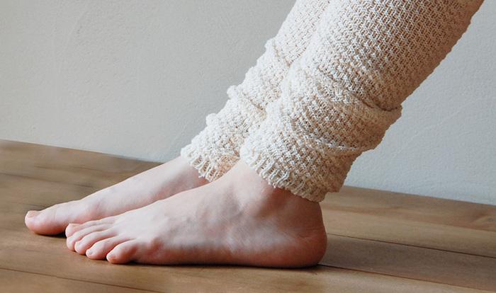 第二の心臓と呼ばれている脚。温めることで労わってあげましょう。オフィスに居ても、可愛いアイテムでおしゃれに過ごしたいですね。