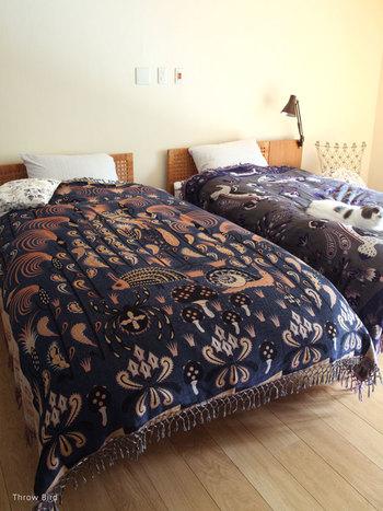 コレと思うベッドカバーが見つからない時には、ブランケットやタオルケットなども参考に探してみてください。サイズが合えば、ベッドカバーとして使えるアイテムもありますよ♪