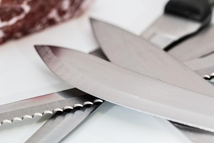 Photo on [Visualhunt](https://visualhunt.com/re4/4d865a1c)  包丁はそれぞれ造りが違い、素材なども変わってきますので、まずはお手持ちの包丁に付属している説明書を読んでおくと安心です。新しい包丁を買ったら、お手入れ方法をまず確認してみてくださいね。