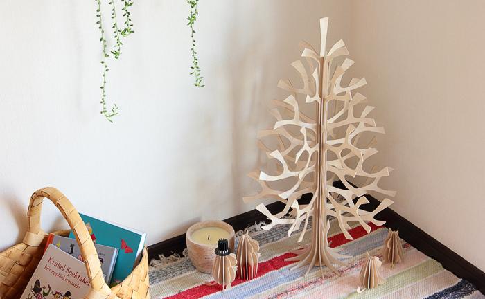 """フィンランドの森から生まれた lovi。いかがでしたでしょうか。白樺は北欧の国では""""喜びの木""""と呼ばれ、幸運をもたらす縁起の良い木として知られています。贈り物にも、自分用にも、ぜひ手にとってみてください。"""